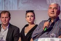 Generální ředital Petr Dvořák, herci Eva Josefíková a Miroslav Donutil