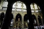Dominik Duka byl v sobotu 10. dubna 2010 v chrámu sv. Víta v Praze slavnostně jmenován arcibiskupem pražským a primasem českým. Obřadu se zúčastnily i osobnosti veřejného a politického života.