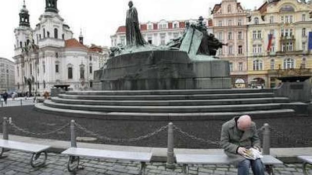 Pomník Mistra Jana Husa na Staromědstském náměstí v Praze.
