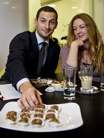 Denisa Bartošová při finále soutěže onejlepší recept, který pořádaly regionální Deníky a jenže se uskutečnilo vkuchyňském studiu Miele vpražském Karlíně.