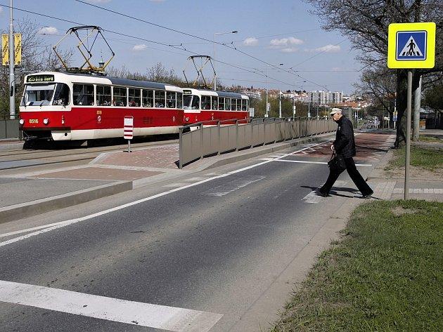 Část Bělohorské ulice v Praze 6.