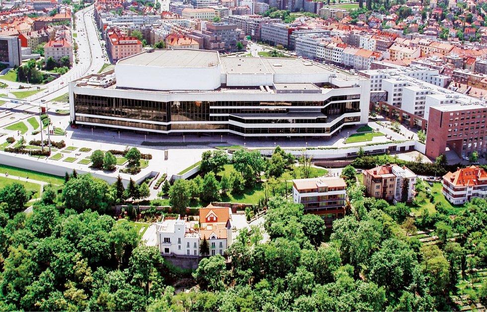 V Kongresovém paláci na Pankráci je pro vás připravena výstava Od Pakulu ke Kongresáku.