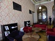 Zrekonstruované prostory Cafe Rudolfinum.
