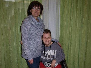 S MAMINKOU. Marie Syslová se sama stará o syna. Je nadšená z poslání lidí, kteří pro postižené připravují akce