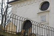 Během asanace pražského ghetta zůstala ušetřena, na rozdíl od Cikánovy, Velkodvorské a Nové synagogy, a stala se tak jedinou zdejší ukázkou raně barokní architektury.