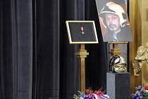 Poslední rozloučení s hasičem, který zahynul při hašení požáru ve Zvoli.