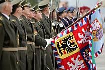 Pietní akt k výročí vzniku samostatného Československa u Národního pamatníku na Vítkově v Praze.