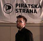 Čekání na výsledky voleb ve štábu Pirátské strany na lodi Cargo  Gallery. Na snímku Jakub Michálek.