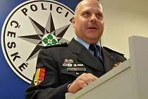 Vedením pražského policejního ředitelství byl pověřen Luděk Procházka, dosavadní ředitel IV. policejního obvodu v metropoli (zahrnujícího zejména území Prahy 4 a Prahy 10).