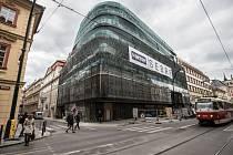 Nový Palác Národní na rohu Národní třídy a Mikulandské ulice v centru Prahy.