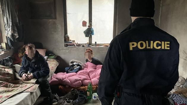 """Opatření """"Regiment"""". Policisté čtvrtého policejního obvodu v Praze provedli o jednom z lednových víkendů několik policejních akcí."""