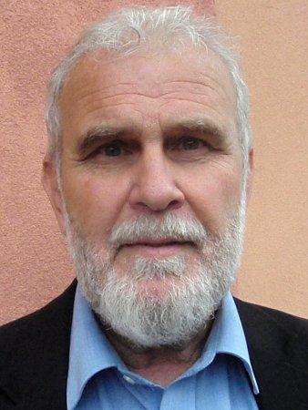 Starosta Vinoře František Švarc.