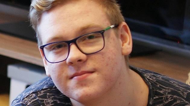 Šestnáctiletý Petr trpí hemofilií od narození.