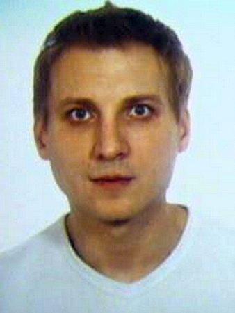 Pohřešovaný muž Lukáš Burian.