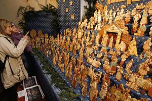 Perníkové jesličky jako každý rok provoněly kostel sv. Matěje nad Šáreckým údolím v Praze.
