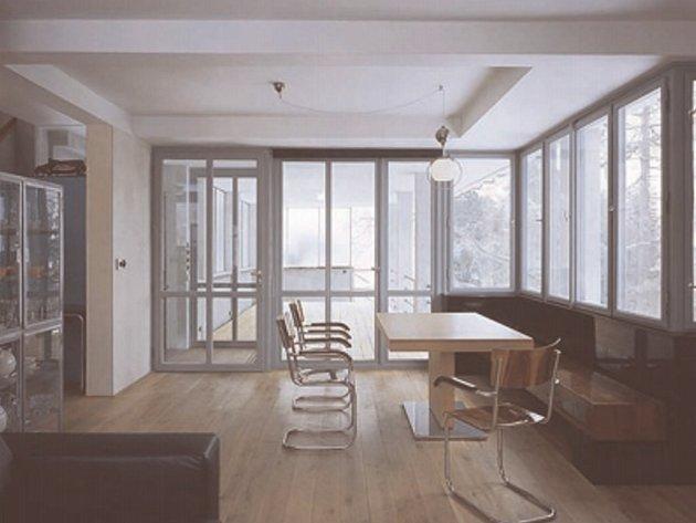 Interiéry ladí svnější funkcionalistickou podobou Paličkovy vily.