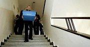 Tak jako na všech gymnáziích a středních školách po celé zemi, tak i na Gymnáziu Budějovická, které je největší v Praze, začaly 11. října zkušební státní maturity.
