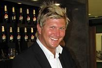 Lukáš Svoboda, loňský mistr světa v čepování piva v soutěži Pilsner Urquell Master Bartender,