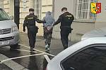 Žena ohlásila, že na pražském hlavním nádraží je bomba. Policisté ji záhy dopadli.