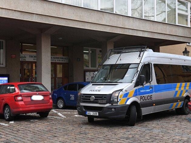 Policie zasahovala v pražském sídle TSK.