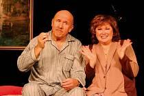 Letní scéna Harfa v neděli uvádí skvělou komedii S tvojí dcerou ne!