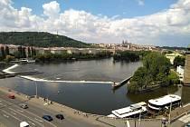 Pražský hrad a Petřín.