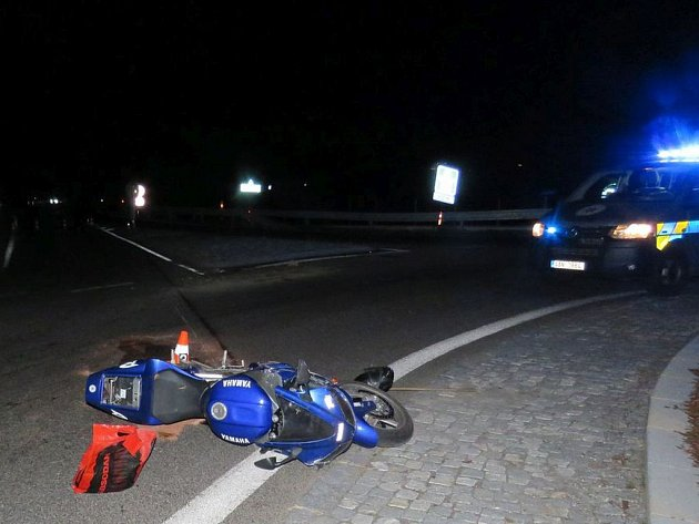 Havárie motorkáře.