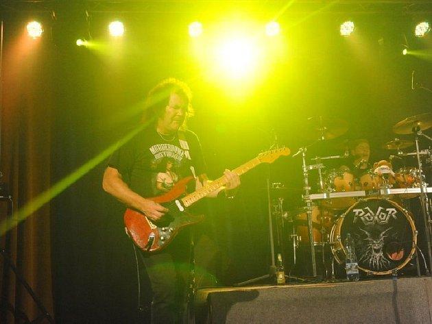 Britská metalová kapela Saxon