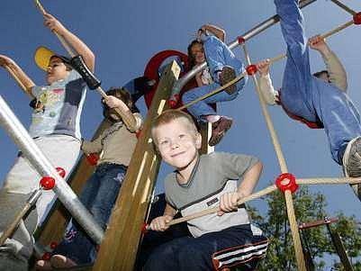 Děti se na hřištích rekonstruované Folimanky vyřádily.