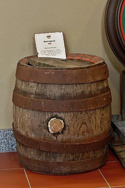 Dřevěný sud na pivo zroku 1886