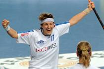 VÍTĚZSTVÍ! Klára Rozumová se raduje po vstřelení vítězného gólu do sítě EVVA FbŠ Bohemians. Se čtyřmi zásahy se stala nejlepší hráčkou turnaje.