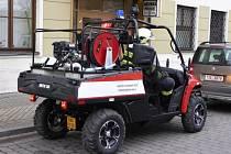 Speciální terénní hasičská čtyřkolka.