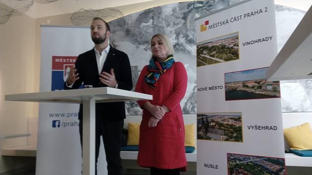 Tisková konference Jany Černochové a Alexandra Bellu k navrhovaným změnám zákonů.