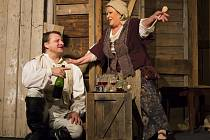 Divadlo Na Jezerce představilo 14. listopadu novinářům hru Generálka, v hlavní roli s Jiřinou Bohdalovou a Radkem Holubem.
