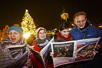 Česko zpívá koledy na Staroměstském náměstí v Praze.