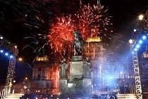 Bezpečnost největších oslav na Václavském náměstí si zajistí sama televize Nova.