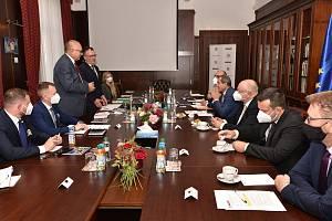 Setkání zástupců Středočeského kraje s maršálkem Dolnoslezského vojvodství a delegací.