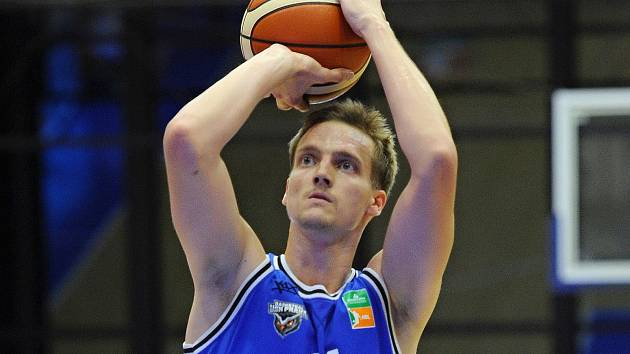 Basketbalista USK Praha Jiří Slavík.