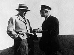 Tomáš Garrigue Masaryk se synem Tomášem na archivní fotografii.