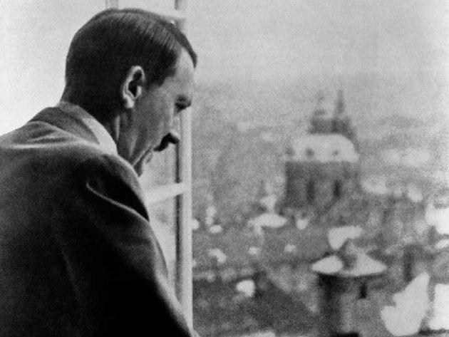 Jak jsme žili vČeskoslovensku. Adolf Hitler vPraze.