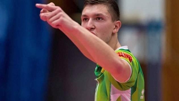 Libero Michael Kovařík z volejbalového týmu Lvi Praha.
