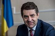 Nový ukrajinský velvyslanec v České republice Jevhen Perebyjnis poskytl rozhovor Deníku.