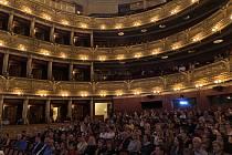 Setkání zaměstnanců Národního divadla k zahájení 138. sezony.