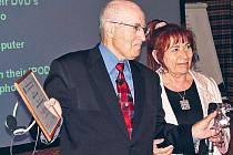 Členem klubu je i Philip Kotler, marketingová legenda, který loni v Praze převzal titul Marketér roku 2005.