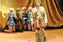 Stavovské divadlo v Praze uvedlo premiéru poslední Mozartovy hry, Kouzelné flétny.