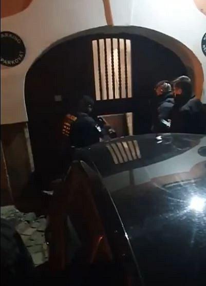 Policie provedla razii v klubu v Anenské ulici.