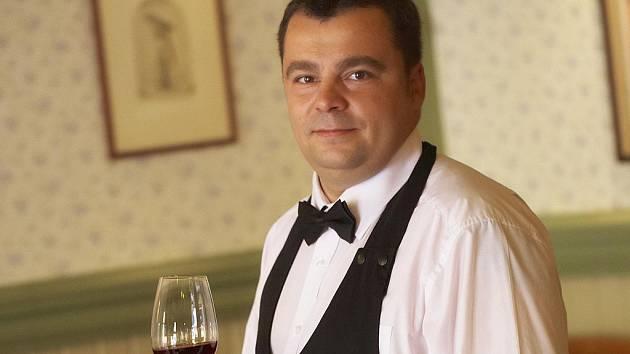 Sommelier Martin Žůrek z vinařství Spielberg.