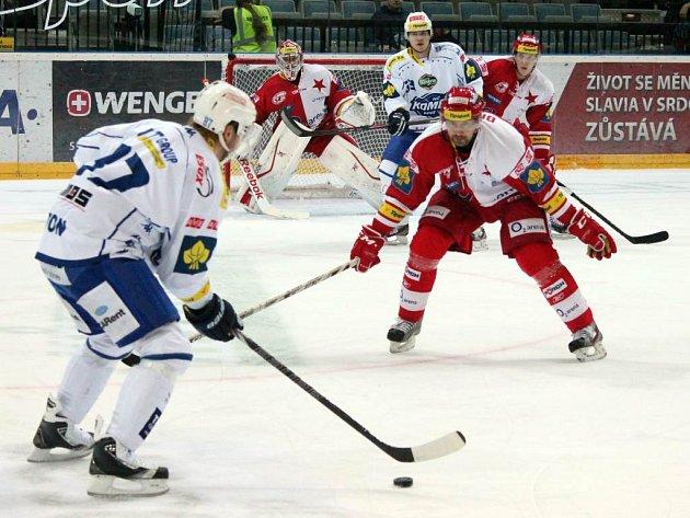 Dohrávka 25. kola hokejové extraligy Slavia Praha - Kometa Brno 4:6 (4:2, 0:3, 0:1).
