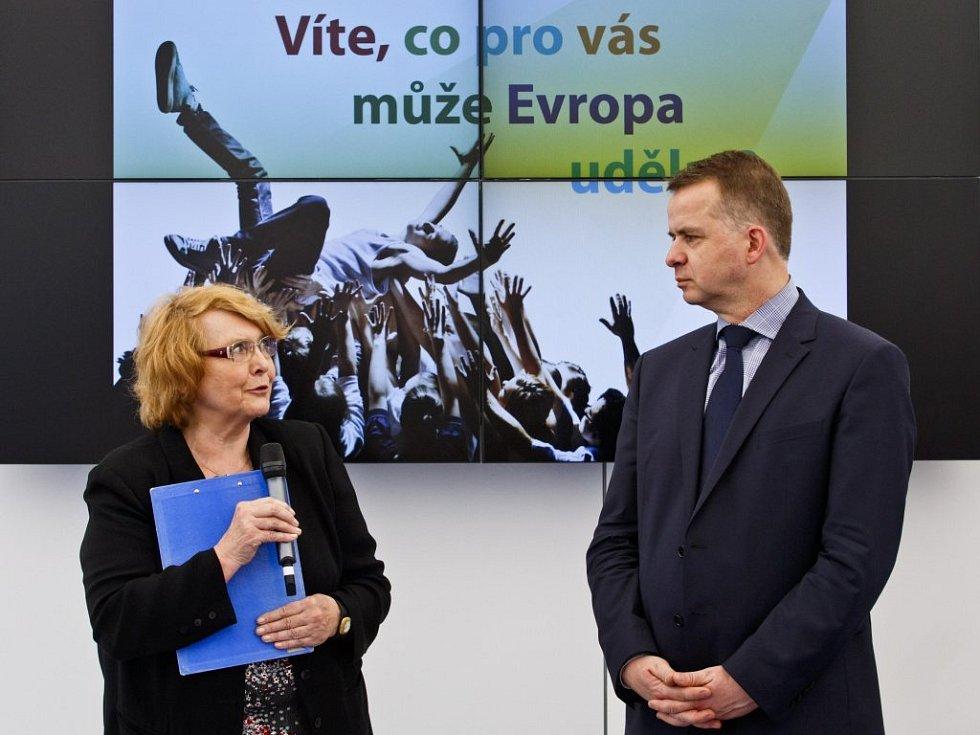 Vyhlášení literární soutěže Naše Evropa v Praze.