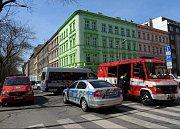 Drobný požár ve škole v Pernerově ulici nenapáchal velké škody.